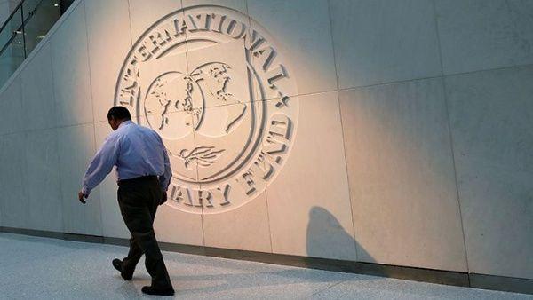 FMI llega a Argentina para revisar plan económico de Macri