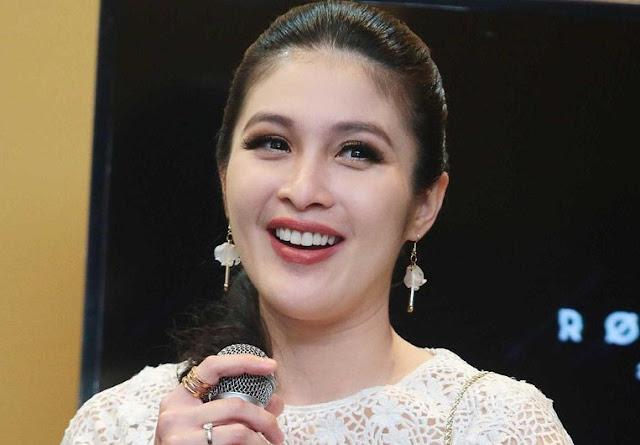 Hamil Tua, Sandra Dewi Happy Terus
