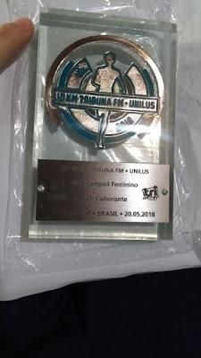 Ana Cristina conquista troféu nos 10 km da Tribuna FM