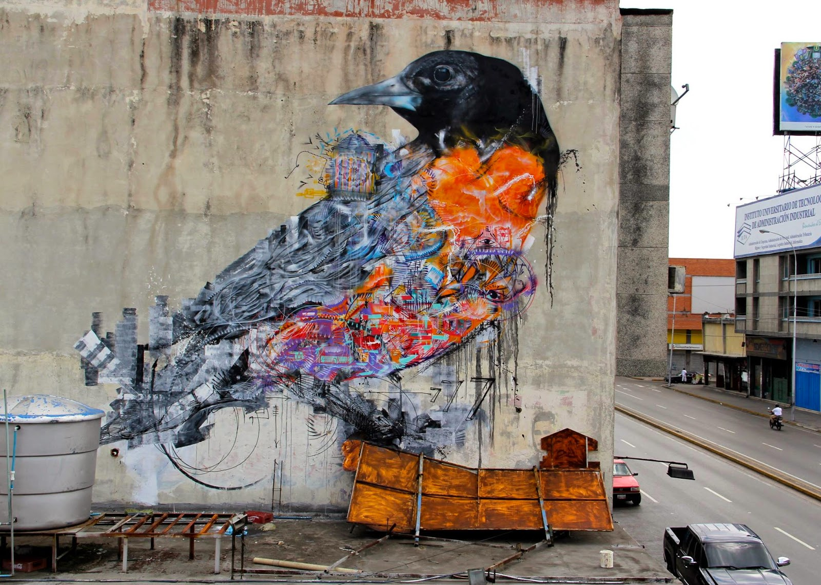 Brazilian muralist L7M is currently in Venezuela where he just wrapped up his first 2015 mural somewhere on the streets of Maracay.