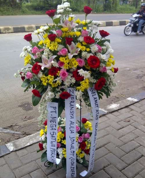 Harga Terbaru Standing Flower Untuk Pernikahan