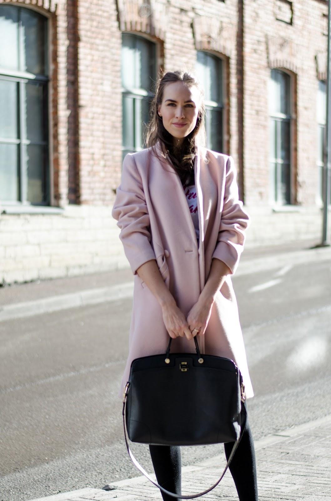 kristjaana mere pink coat spring outfit