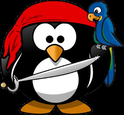 Manchot (l'oiseau) habillé en pirate, avec un sabre et un perroquet