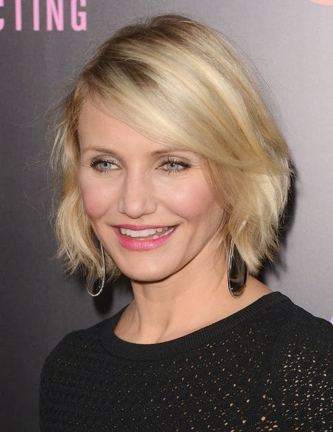 http://www.prettydesigns.com/100-celebrity-hairstyles/