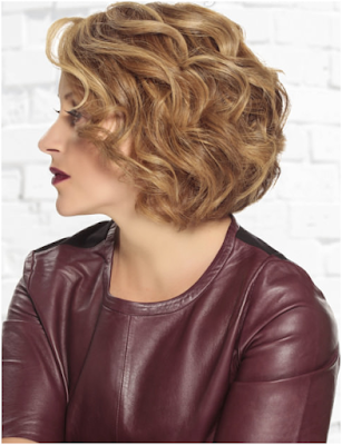 Curly Cool Bob Hairdo