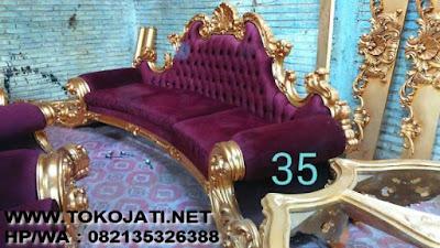 TOKO JATI|MEBEL INTERIOR KLASIK|FURNITURE KLASIK MEWAH|MEBELTREMBESI JEPARA- MEBEL KLASIK JEPARA jual sofa klasik ukiran jati jepara-jual mebel jepara-  MEBEL UKIR JEPARA jual sofa ruang tamu klasik ukiran jepara warna emas sofa ruang tamu klasik