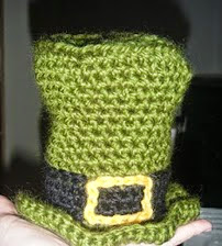 http://translate.googleusercontent.com/translate_c?depth=1&hl=es&rurl=translate.google.es&sl=en&tl=es&u=http://makelittlethings.blogspot.com.es/2010/03/crocheted-felted-leprechaun-hat.html&usg=ALkJrhhj2f0iwgbOLIg9dLgBkWj0waWKTg