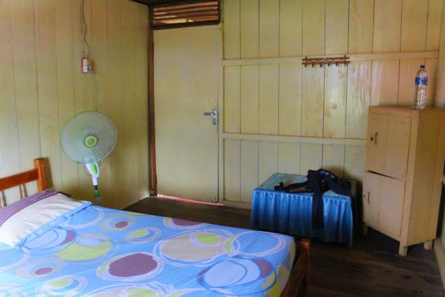sunshine guesthouse sulawesi