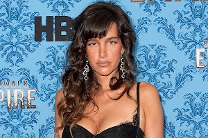 Star of -Boardwalk Empire- Paz de la Huerta is pregnant?