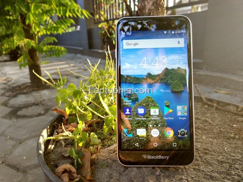 BlackBerry Aurora Review