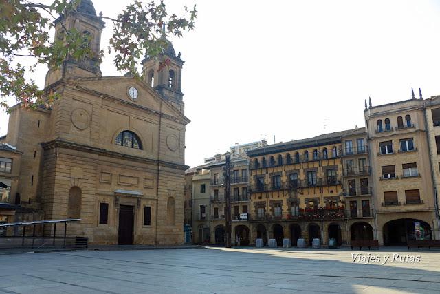 Iglesia de San Juan,Plaza de los Fueros, Estella-Lizarra
