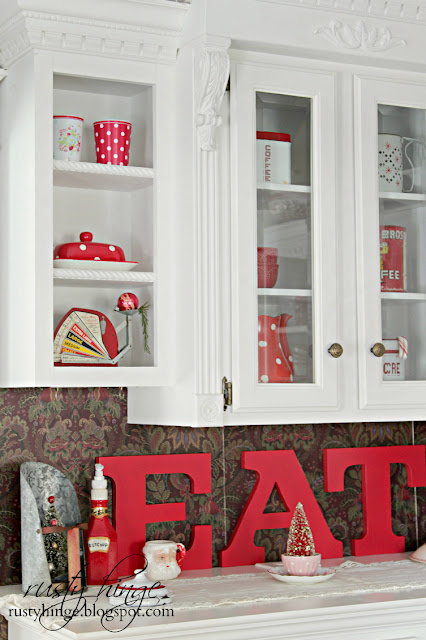 Rusty Hinge Christmas Cupboard Eat Sign