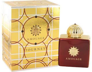 Parfum Wanita yang Membuat Pria Bergairah Terlaris Wanginya Enak  7 Parfum Wanita yang Membuat Pria Bergairah Terlaris Wanginya Enak 2019