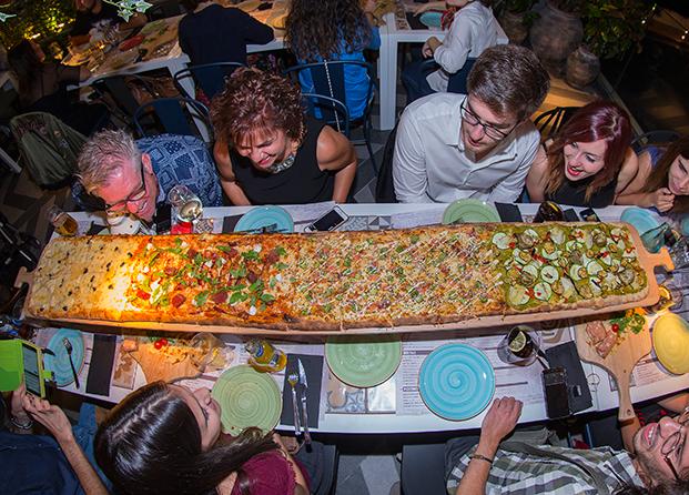 Inauguración Kilómetros de Pizza en el C.C. Parquesur de Leganés