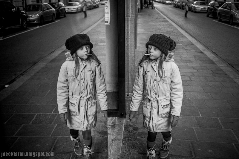 dziecko fotogorafia, dziewczynka, krakow, odbicia