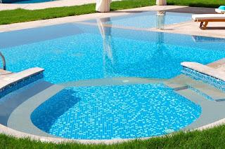 Cantidad de cloro por galon de agua para piscina