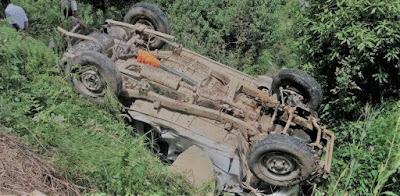 घर से 5 किलोमीटर दुरी पर हो गई मौत 200 मीटर गहरी खाई मे गिरी कार