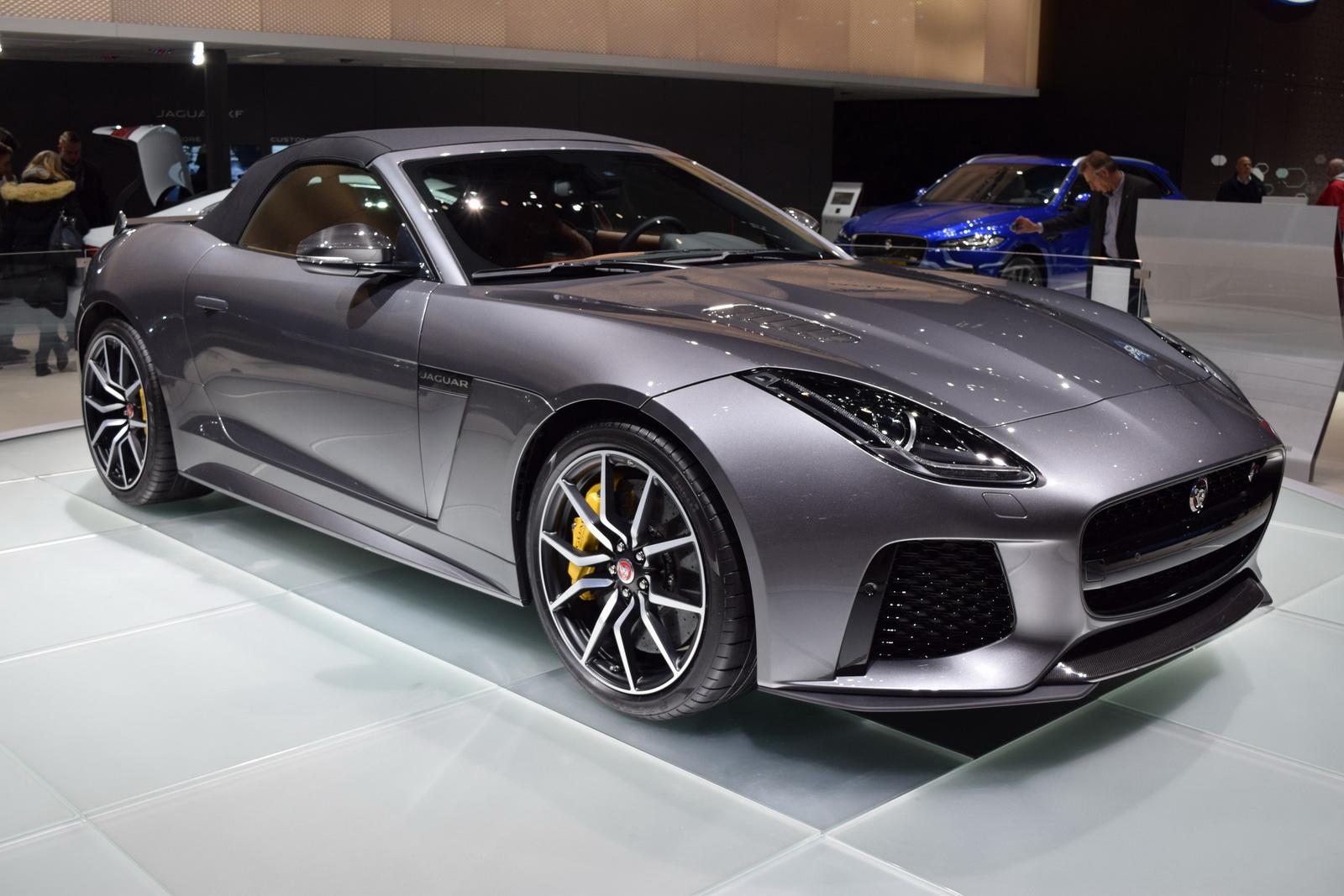 Jaguar F-Type SVR 2017 có thực sự tạo ấn tượng tốt với bạn?