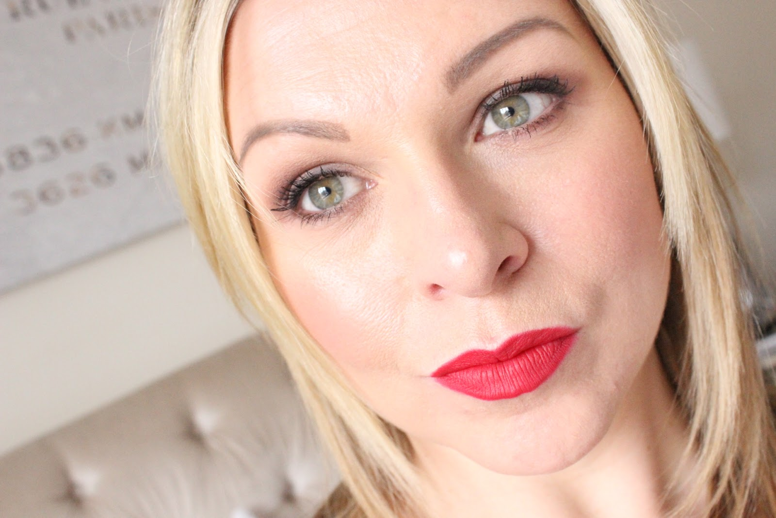 Finding The Perfect Red Lip | Urban Decay Gwen Stefani 714