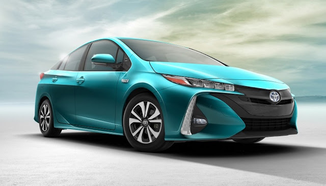 2018 Toyota Prius Prime Concept, Specs, Release date, Price And Rumors