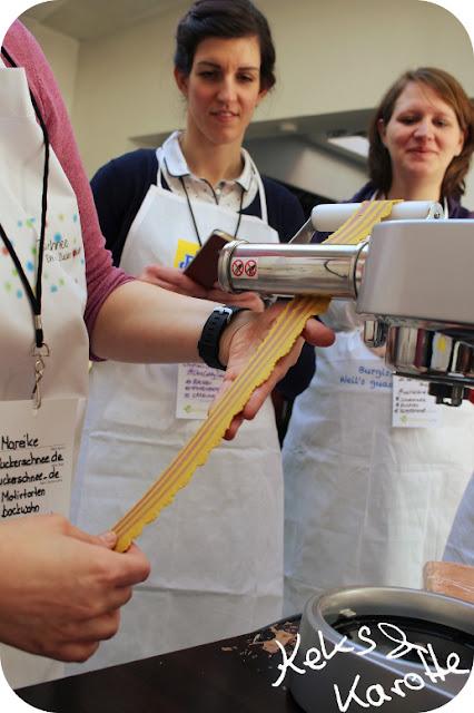 Bunte Nudeln selber machen #fbcr17