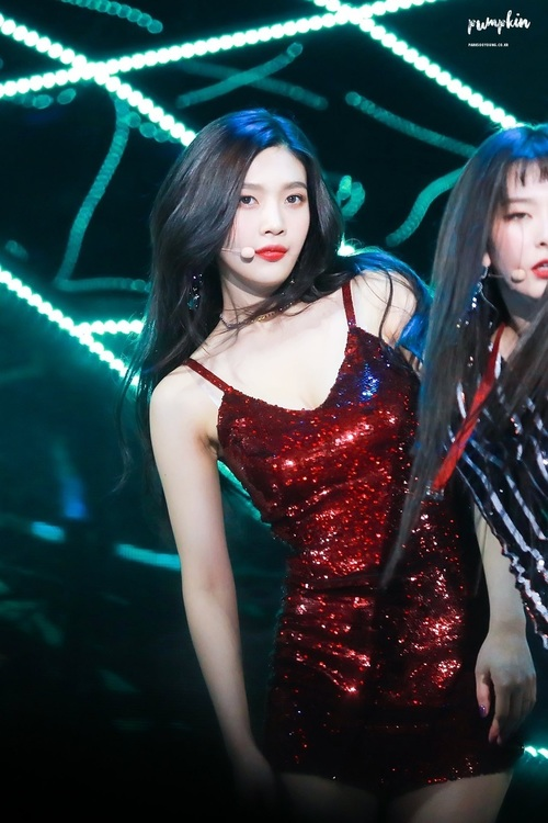 Red Velvet's Joy Drops Jaws When She Appears In This Red Dress! | Daily K Pop News