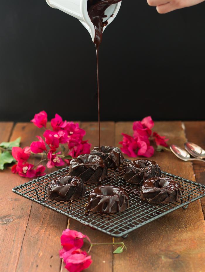 Tarta de chocolate con remolacha