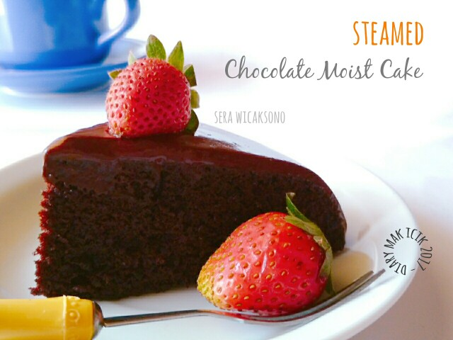 Steamed chocolate moist cake
