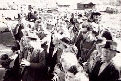 Wisatawan Waktu Tertangkap Kamera Pada 1940