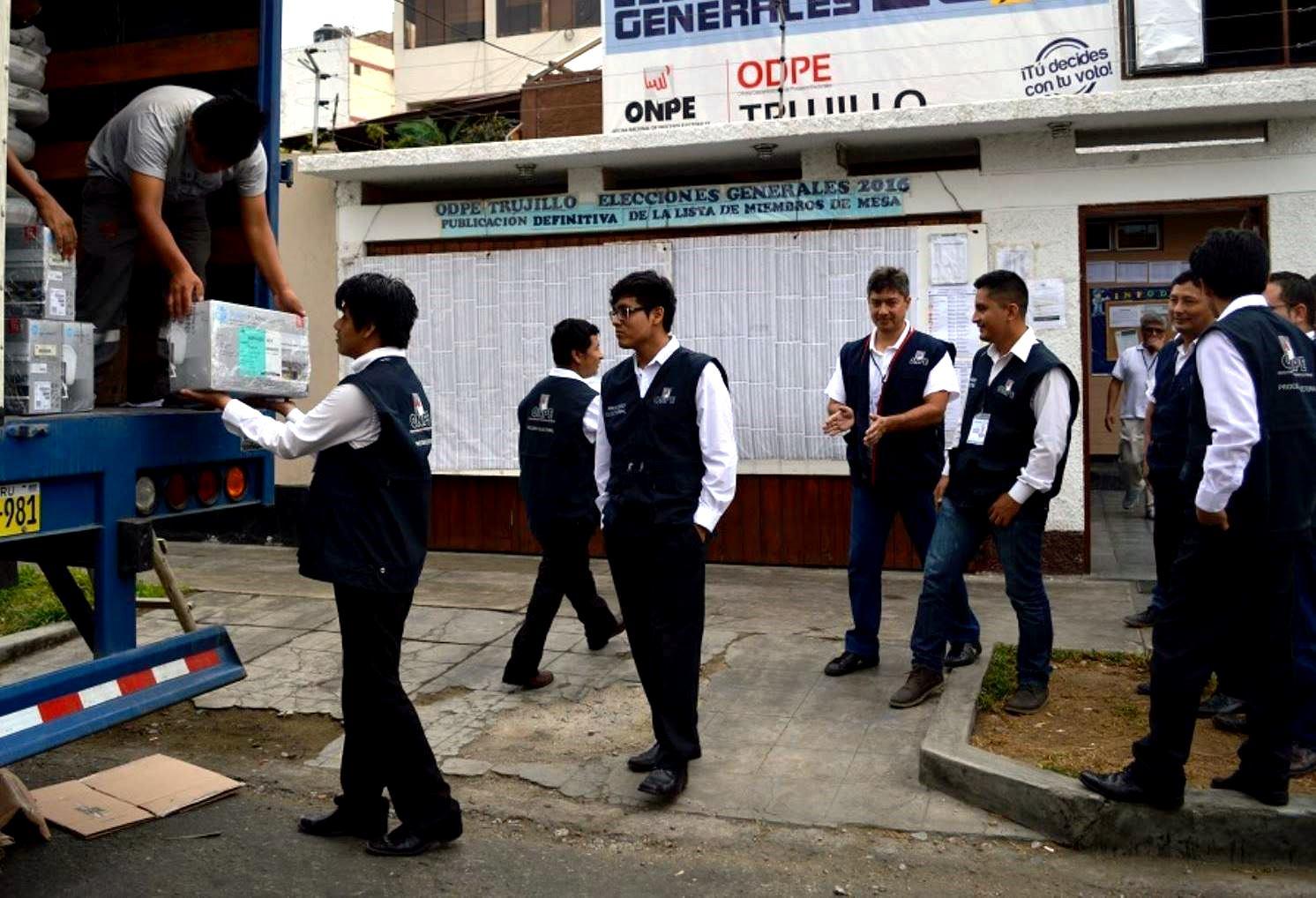 Instalan oficinas distritales para revocatorias del 11 de for Oficina turismo trujillo