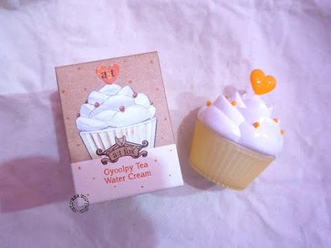 Krim Wajah Berbentuk Cupcakes (a;t fox - Gyoolpy Tea Water Cream)