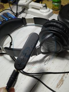 Membuat Meja Kerja yang (hampir) Wireless, serba Bluetooth