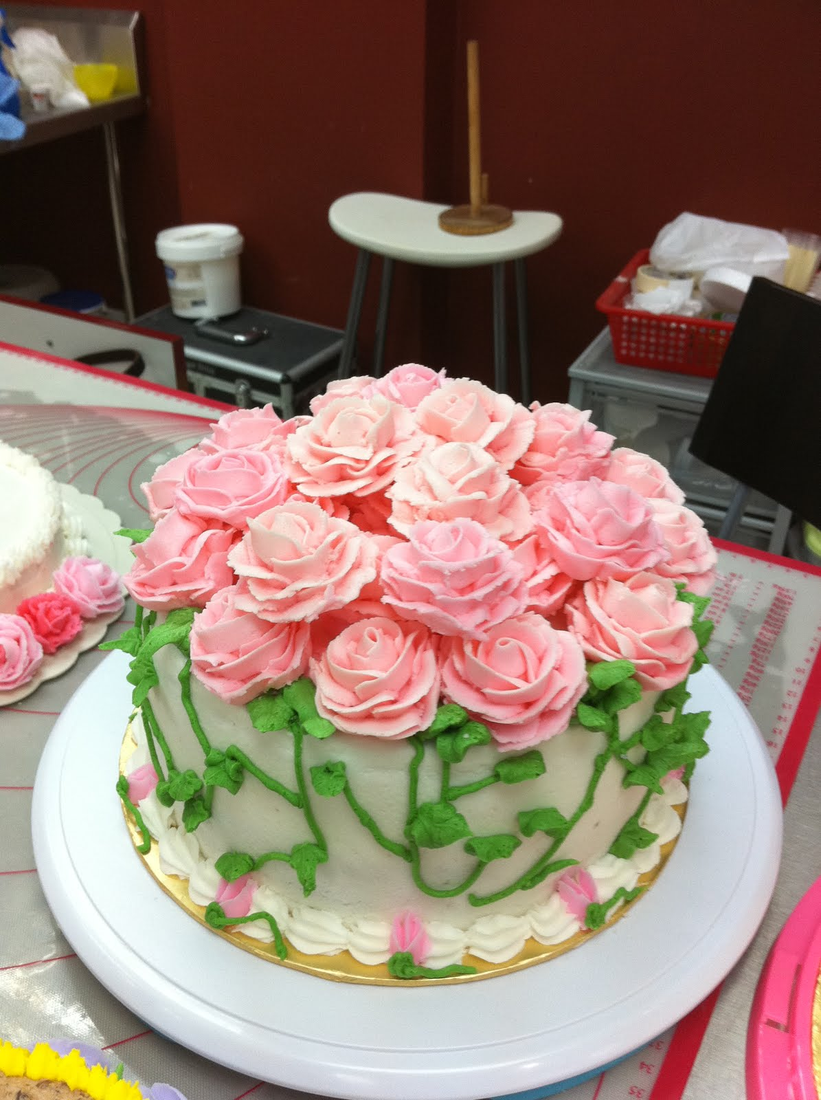 Home May'de Cakes: Wilton Cake Decorating Course 1 ...