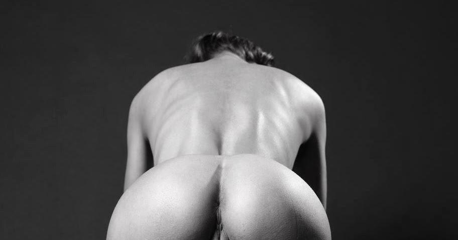 Erotic tumbler