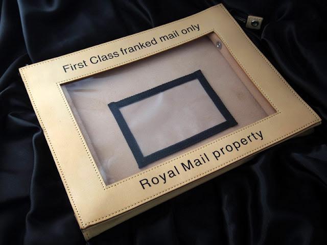 ENensorcivetのメール バッグ
