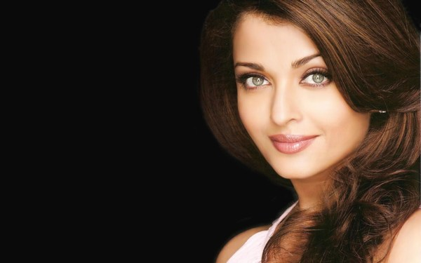 New Hot Aishwarya Rai HD Images 2016
