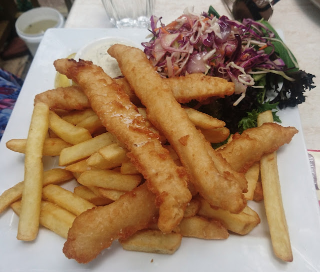 Warran Glen Garden Centre & Cafe, Warrandyte, fish and chips