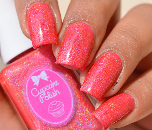 Cupcake polish One In A Brazil-ion