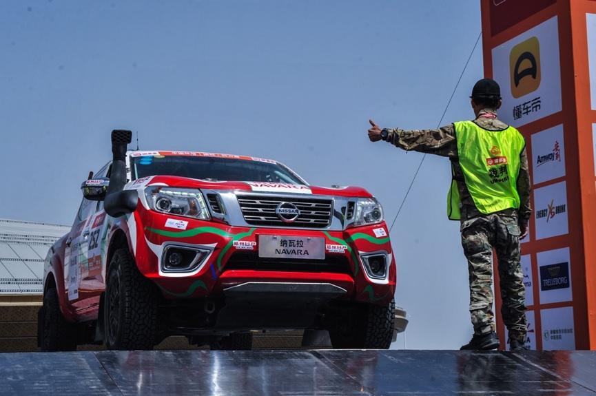 Νίκη για τo Nissan NAVARA στο Ράλι του Taklimakan