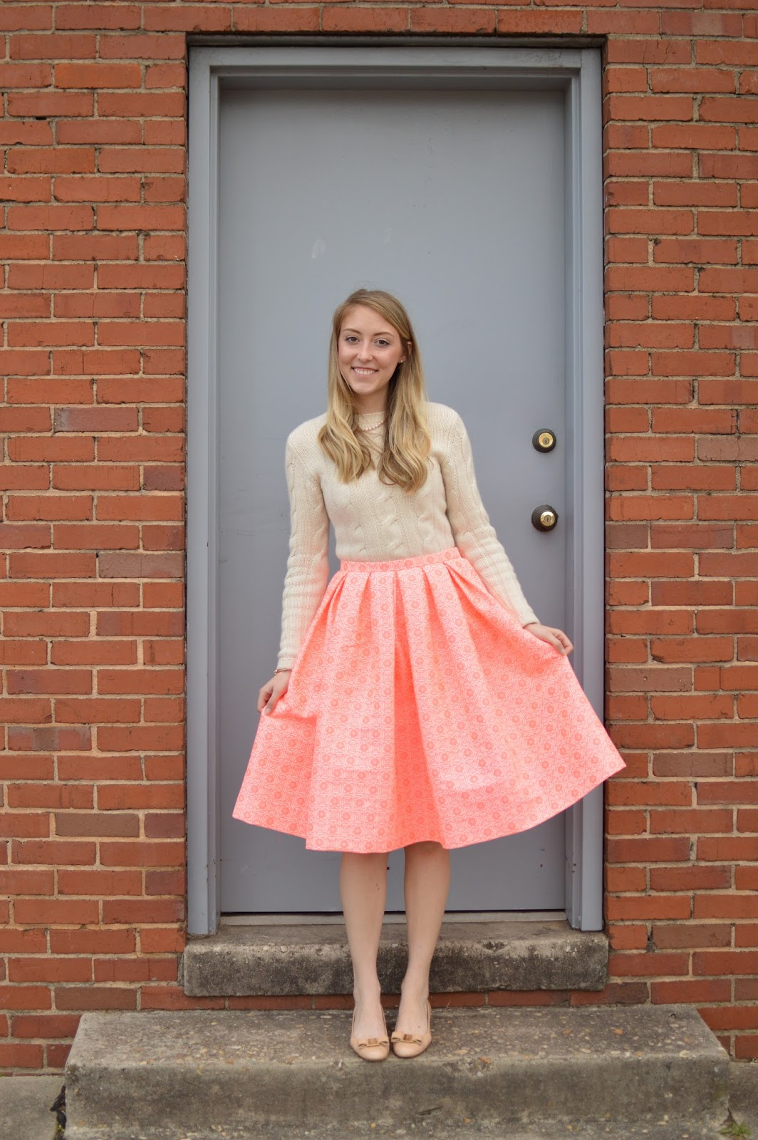 neon pink pleated midi skirt | allie J. | alliemjackson.com