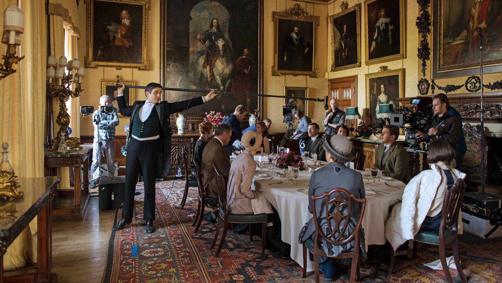 nicolas de pompadour: the homes and interiors of downton abbey