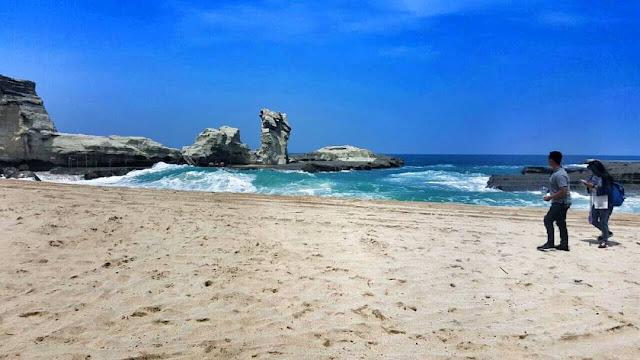 75 pemandangan pantai keren HD