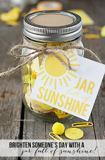 http://www.the36thavenue.com/handmade-gifts-sunshine-in-a-jar/