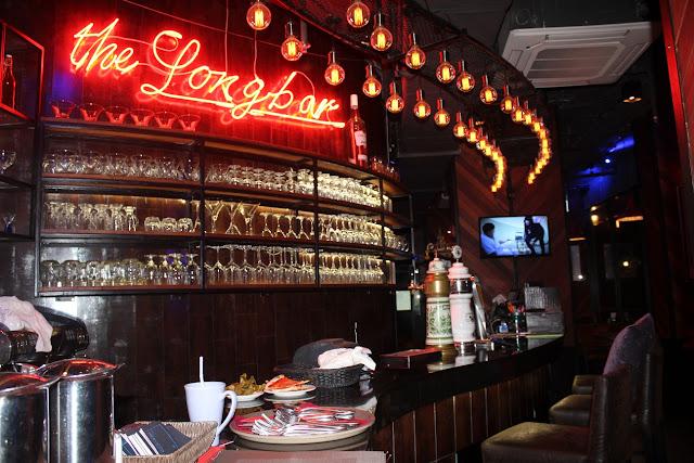 adelphi forty-nine hotel bangkok thailand