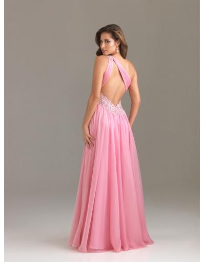 88892831bfdb36 We bestelden deze jurk voor een van de bruidsmeisjes op mijn bruiloft.  (zowel van de bruidsmeisjes jurken waren van Licht in de doos)
