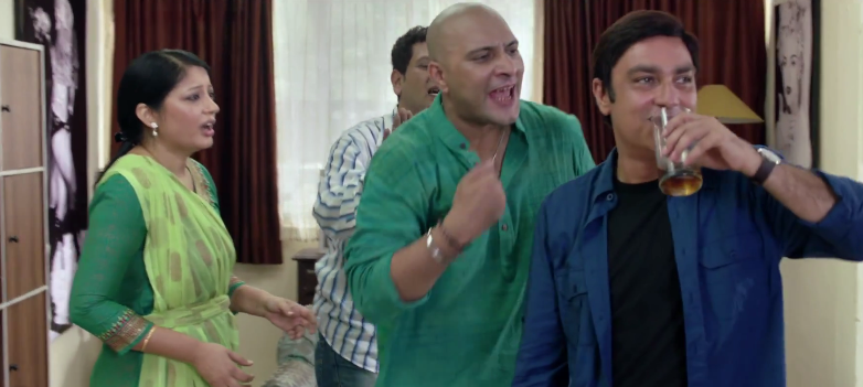 Kaagaz Ke Fools Trailer Review, Star Cast & Story (Vinay Pathak Movie 2015)