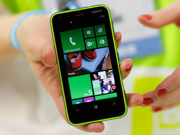 Imobile Phones: Nokia Lumia 620 [Features,Demo,Review]