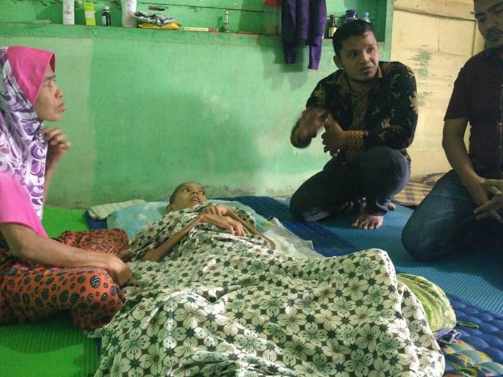 Mari Bantu Ibunda Khairil Buka Usaha Demi Anaknya yang Terbaring Sakit Selama 3 Tahun