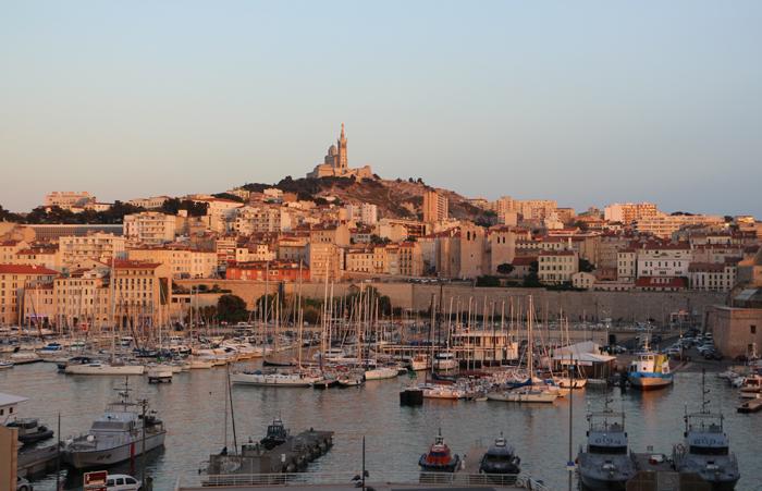 Marseille mit dem Wahrzeichen - La Bonne Mere