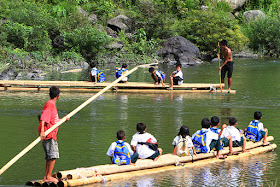 Students on bamboo rafts cross a river to Casili Elementary School in Rodriguez, Rizal Almost four years ago we saw the hardship of the students in Rodriguez Rizal just to get to their school. Some of the students have to use bamboo rafts just to get to the other side of the rive where their school is situated, while some have to wade through the waters.